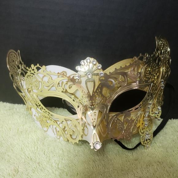 Spirit Other - Gold & White Masquerade Mask